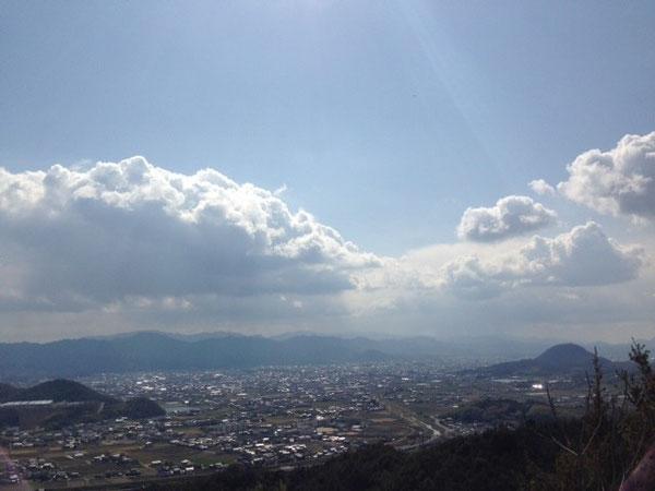 山頂付近より長尾、三木町方面を望む