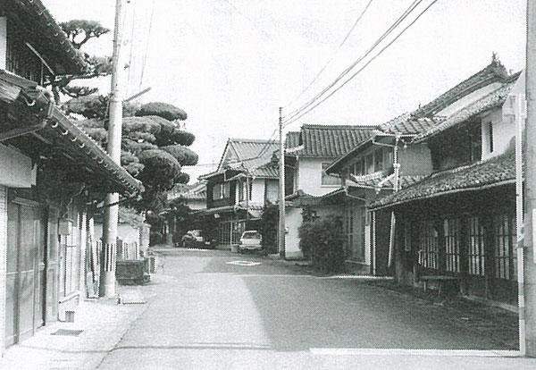 篤の生家があった安心院町佐田の町並み