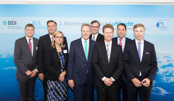 BDL panelists: U. Tillmann, VCI  / M. Otto, EAT  /  A. Giesen, Fraport  / M. Garvens, CGN  /  M. v. Randow, BDL  /  P. Gerber, LH Cargo  /  M. Kopp, MDA Holding  /  K. Lindemann, VCI  -  source: J. Schulzki