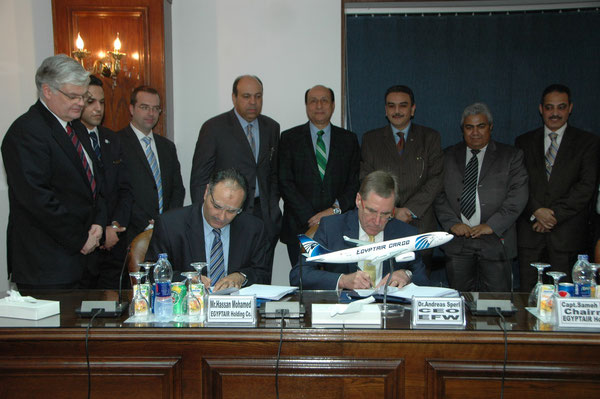 VP Planning Hassan Mohamed of Egyptair Holding and CEO Andreas Sperl of EFW conclude the A330 P2F contract in Cairo  /  courtesy EFW