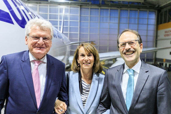 Wilhelm Bender (standing left), Birgit and Karl-Rudolph Rupprecht enjoyed Kalle's farewell party – photos contributed by Patrick Kuschfeld