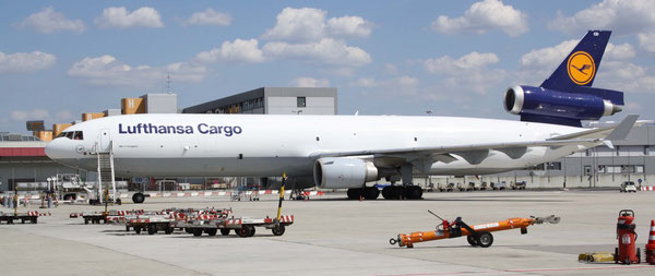 From 12 down to 11 - LH Cargo's MD-11 freighter fleet is shrinking  -   pictures hs