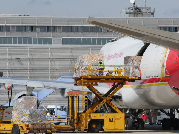 Yangtze flights are boosting MUC's cargo volumes considerably  -  photos: courtesy airport