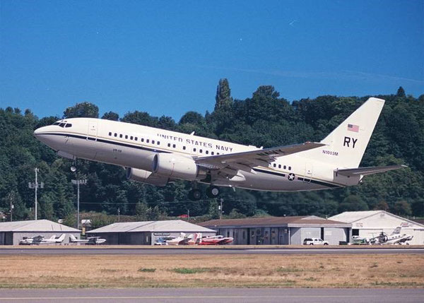 Boeing C40 Clipper in service with the U.S. navy  /  courtesy Boeing