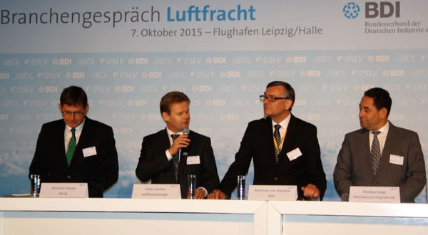 LEJ Panelists (l > r): Michael Hoppe, Board of Airline Representatives in Grmany / Peter Gerber, CEO LH Cargo / Matthias von Randow, MD BDL / Markus Kopp, Mitteldeutsche Airport Holding  -  picture hs
