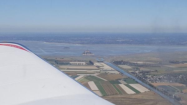 Mont St-Michel vu d'avion