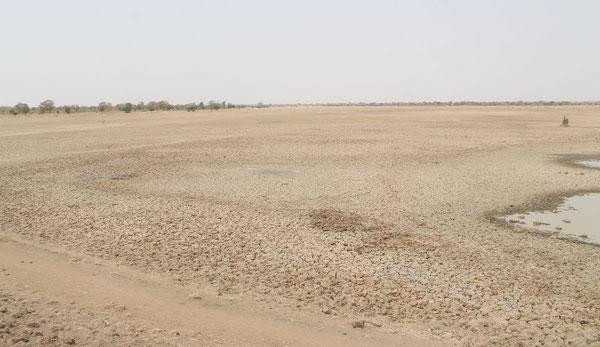 Der ausgelaufene Stausee von Dabesma