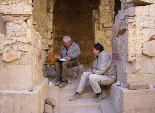 Ausgrabung TT 34 - Grab des Montemhat mit Dr. Dieter Eigner/Excavation TT 34 Tomb of Montemhat with Dr. Dieter Eigner, Luxor, Ägypten/Egypt, 03.02.2008. Foto: Prof. Dr. Ingrid Gamer-Wallert.