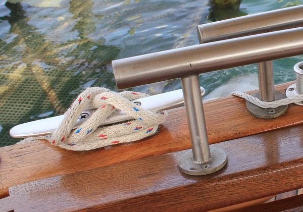 Seemannsknoten/Sailor's knot, Solarboat, Bodensee/Lake of Constance, 06.08.2014, Canon EOS 550d. Foto: Eleonore Schindler von Wallenstern.