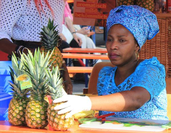 """African Fruit"", Afrika Festival 2014, Böblingen, Germany, 02.08.2014, Canon EOS 550d. Foto: Eleonore Schindler von Wallenstern."