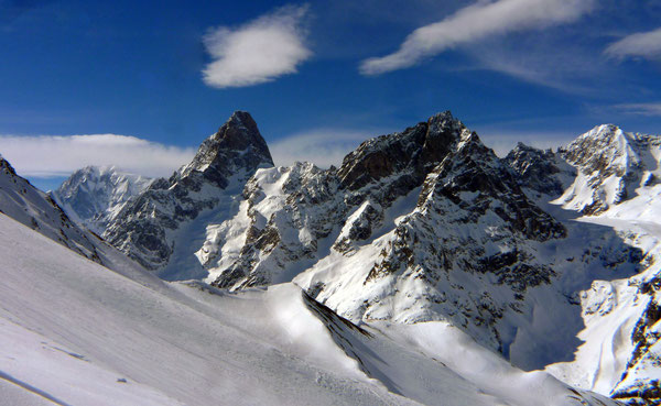 Grandes Jorasses mit Mont Blanc ganz links