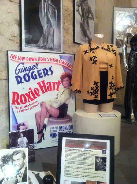Costume de GINGER ROGERS lors de l'exposition de Richerenches. jUILLET AOUT 2014