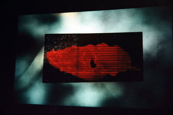 Annecchini–Hübner, Change studio d'arte contemporanea, Rome, 1996. stright slideprojection onto structure. 300x200 cm