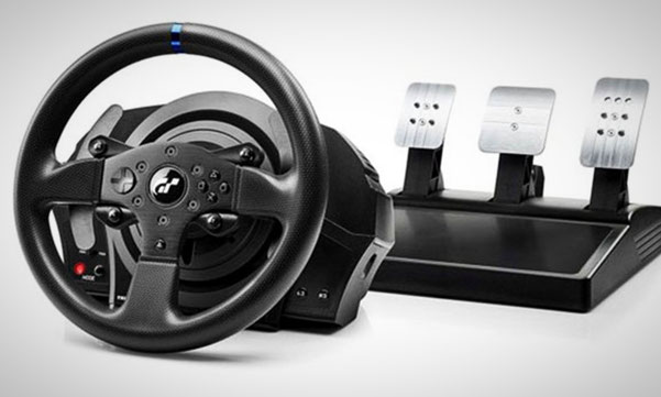 PS4-Lenkrad: THrustmaster T300 RS GT Edition