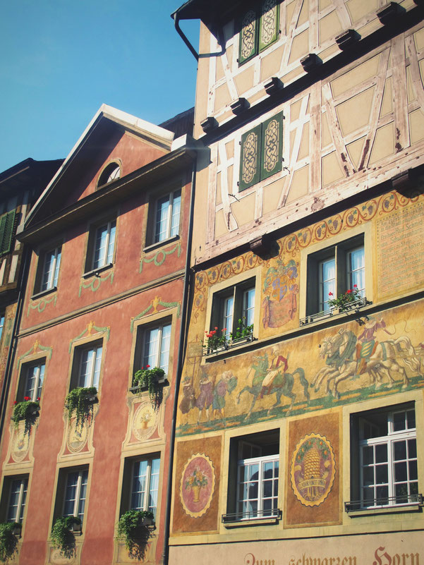 bigousteppes suisse rhin stein maison peinture fresque couleurs