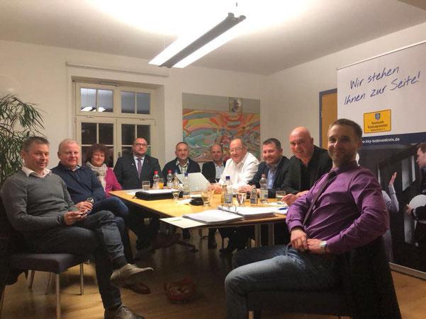 08. März 2018 - Vorstandssitzung des Vereins Kommunale Kriminalprävention Bodenseekreis e.V. in Kressbronn am Bodensee mit Peter Ķöstlinger und Bürgermeister Daniel Enzensperger und anderen Vorstandsmitgliedern. #kkp #kressbronn #bodenseekreis