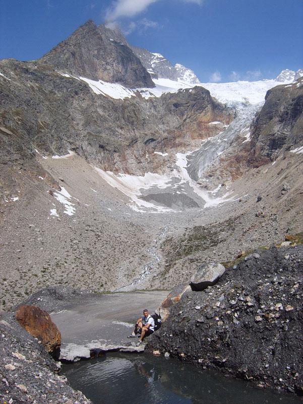 l'imponente ghiacciaio di Prè-de-Bar