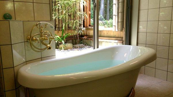 広いお風呂と眺め