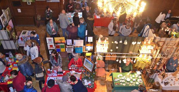 Der 14. Lübbener Kunstmarkt am 3. Advent war gut besucht.  (Foto: Andreas Staindl)