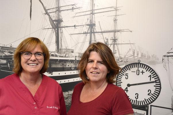 www.hausarztpraxis-kreusler-huthoff.de  Hausarztpraxis Dr. Bettina Kreusler (rechts) und Dr. Heidrun Huthoff in Bremen-Walle