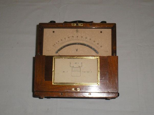 Hartmann & Braun  Hitzedraht Voltmeter - Platiniridium Messdraht.