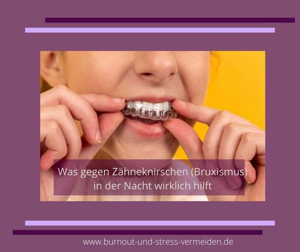 Frau mit einer Zahnschiene