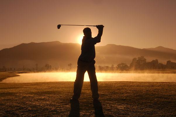 Golf Karriere - Jobs im Golf Business - Golf Manager - Golf Pro - Sekretariat - Sales und Marketing - Niedersachsen hessen bayern baden württenberg profi lehrer