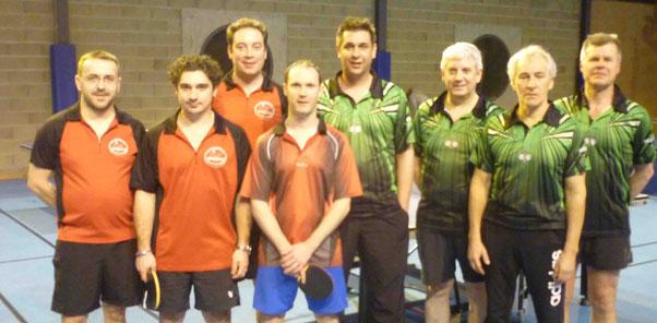 Franck, Romain, Sylvain et Nicolas contre Renaud, Thierry R., Bernard et Thierry L.