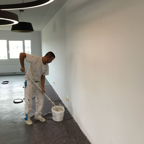 malerarbeiten, malerpreise, malerfirmen, malermeister gesucht, anstreicher, maler und anstreicher, suche maler, wohnung streichen, fassade streichen kosten, wohnung renovieren, fassade streichen, malerarbeiten günstig, fassadenanstrich, malerkosten pro m2