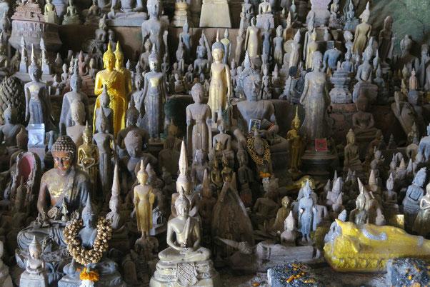 Les bouddhas de Pak Ou