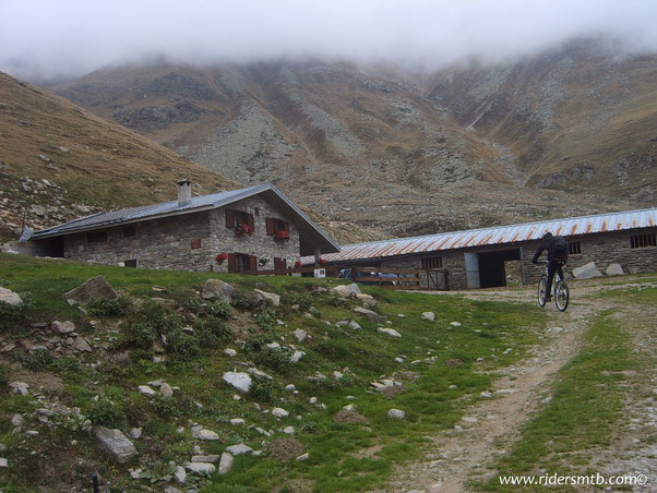 alpeggio Sellery a Valle