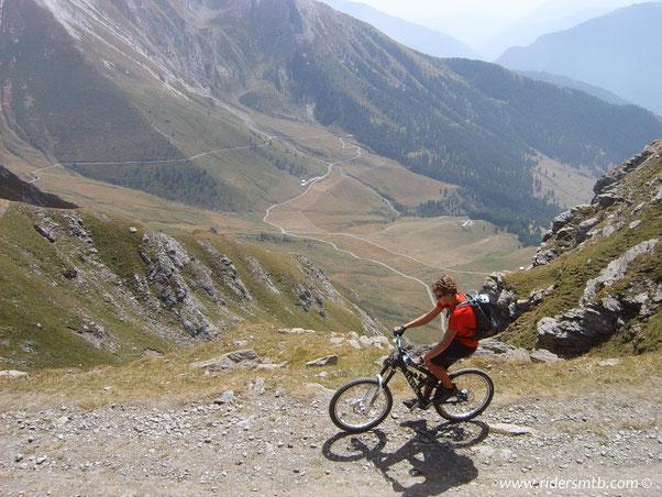 laggiù Pian dell'Alpe