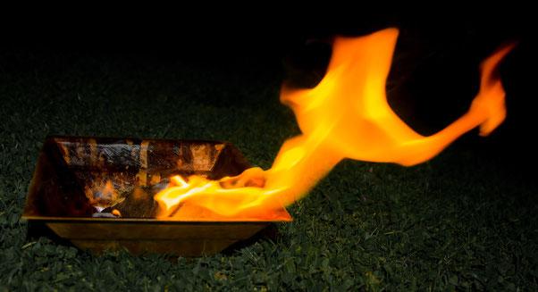 Agnihotra Feuer in Kuffern - Energetiker Praxis Maria Schlömicher