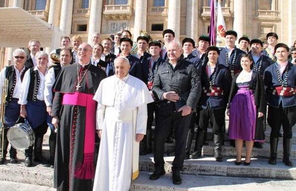 Neckenmarkter Burschenschaft bei Papst Franziskus