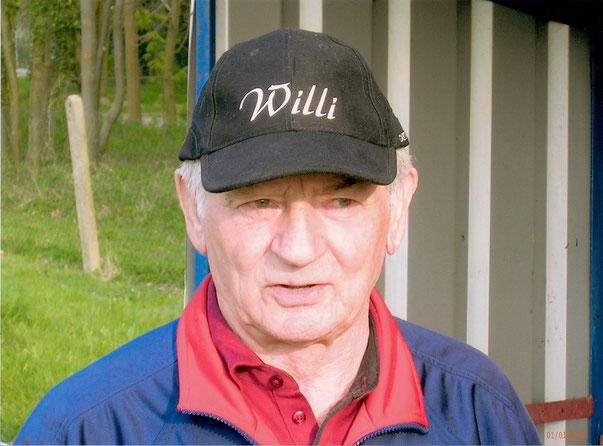 """Trainer der """"Alten"""" Herren: Willi Schlak"""