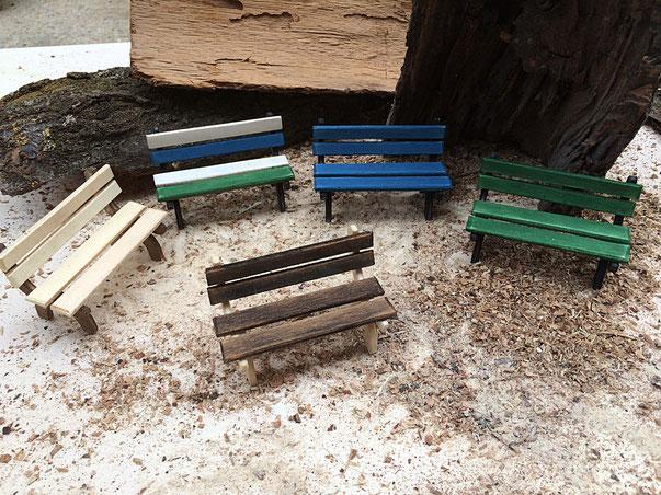 porta biglietti da visita in legno da scrivania