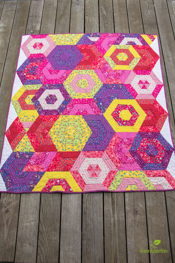 Beach Ball Baby Quilt by The Elven Garden