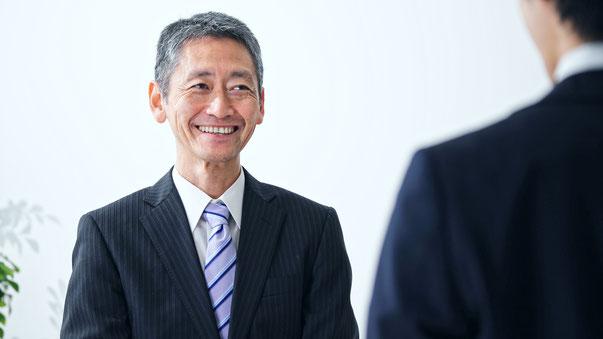 家業から企業へ 社員30人以上の中小企業法人のお客さまに向けた経営コンサルティング・社員研修(福岡・九州・広島)