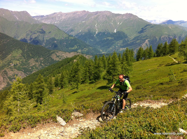Da qui si nota l'ampiezza della Val Germanasca ... C'è ancora molto da esplorare