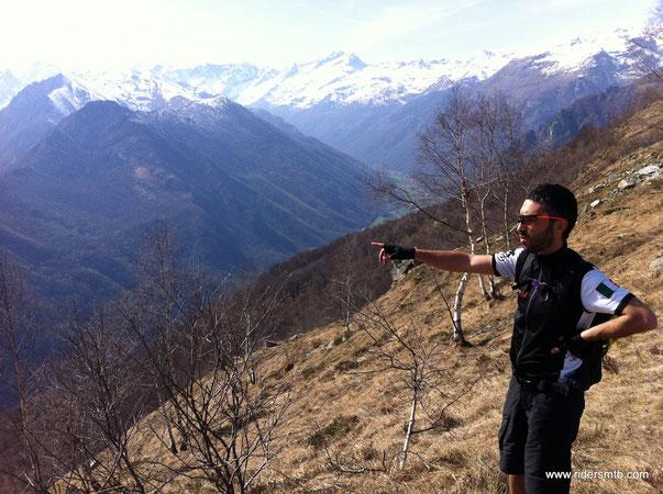 il panorama è su gran parte della Val di Lanzo