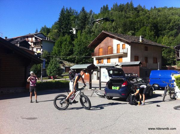 Antey, luogo di partenza di varie escursioni, la Valtournenche merita sempre