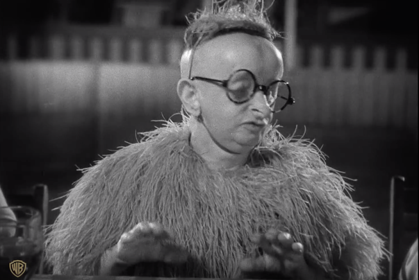 映画フリークスで「鳥女クークー」役で登場するウールジィ。