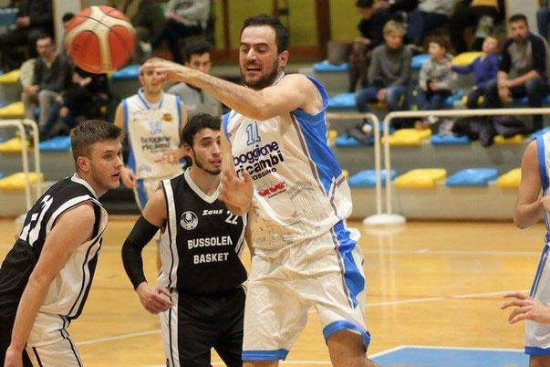 Stefano Castellano in azione contro Bussoleno - foto di repertorio-Guido Fissolo ph.