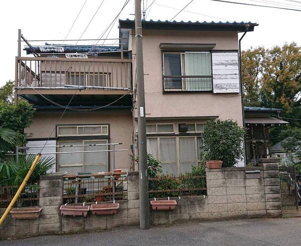 鎌ケ谷市東道野辺の外壁補修塗装と屋根修正の漆喰工事 完成前
