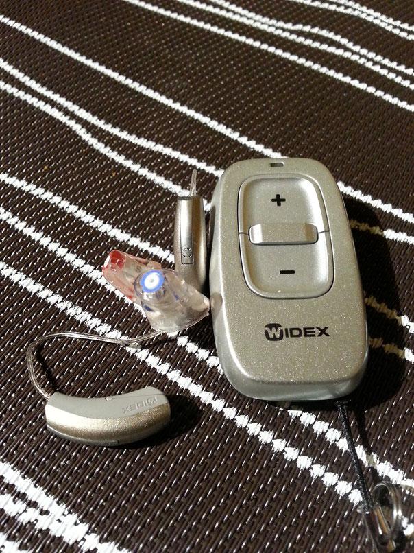 Meine Hörgeräte mit Fernbedienung - Lautstärke und verschiedene Hörprogramme wählbar