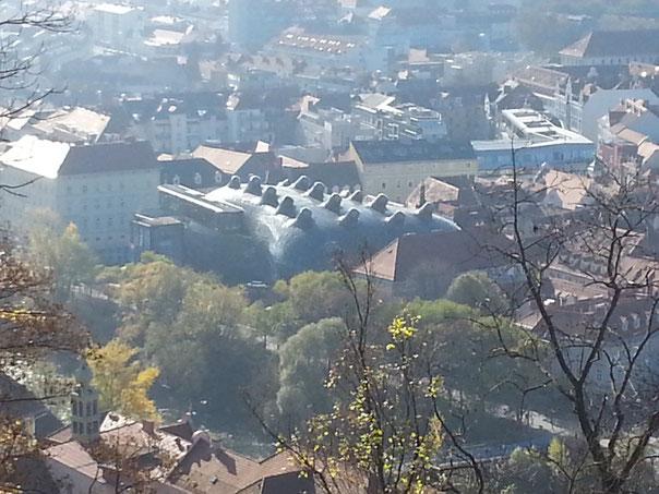 Blick vom Schloßberg auf das Kunsthaus