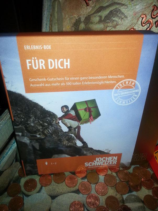 """Gutschein von Jochen Schweizer - werde mich da wohl eher an die Rubrik """"Essen und Trinken"""" halten, da gibt`s ein Weißwurst-Seminar...."""