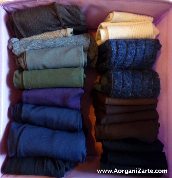 Dobla las medias y calcetines para que estén bien organizados - AorganiZarte