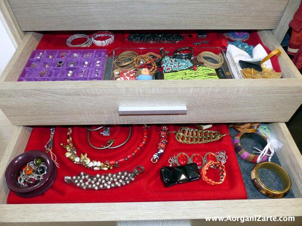 Mantén todos tus accesorios bien organizados en cajones - AorganiZarte