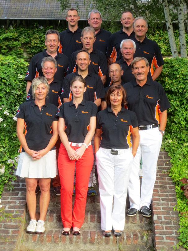 Das CFL-Team im neuen Dress vom Sponsor Enovos